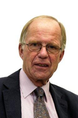 Prof. Dr. Otto Busse, Generalsekretär der Deutschen Schlaganfallgesellschaft